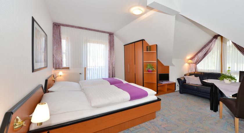 Das größere und komfortablere Doppelzimmer mit Balkon